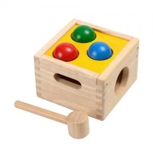 PLAN TOYS Деревянная игрушка Забивалка с шарами 9424