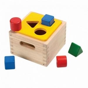PLAN TOYS Деревянная игрушка Сортировка фигур 9430