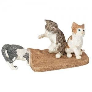 Домашние животные Котята играют 13674